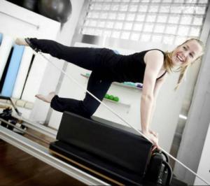 Pilates trening på Reformer